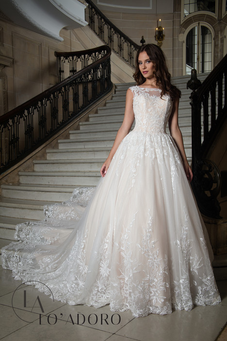 M626 Wedding                                          dress by Lo' Adoro