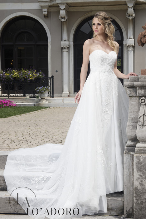 M638 Wedding                                          dress by Lo' Adoro