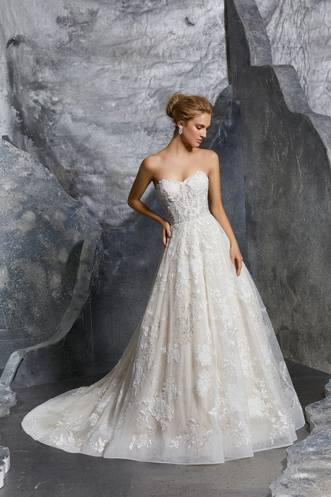 8220 Wedding                                          dress by Mori Lee: Bridal