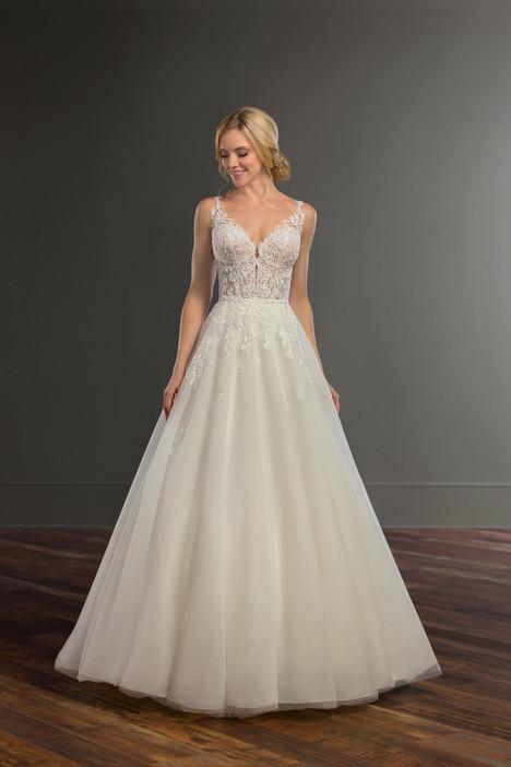 Bronte + Sabene Wedding                                          dress by Martina Liana