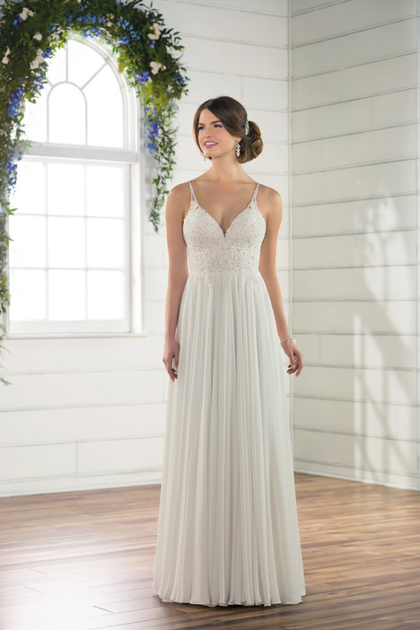 D2456 Wedding                                          dress by Essense of Australia