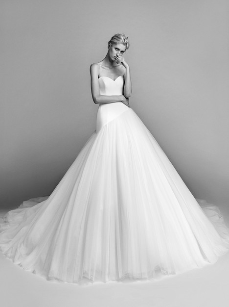 VR 011 Wedding                                          dress by Viktor & Rolf Mariage