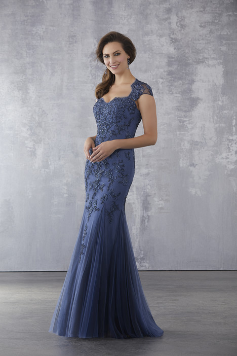 71701 gown from the 2018 MGNY Madeline Gardner collection, as seen on dressfinder.ca