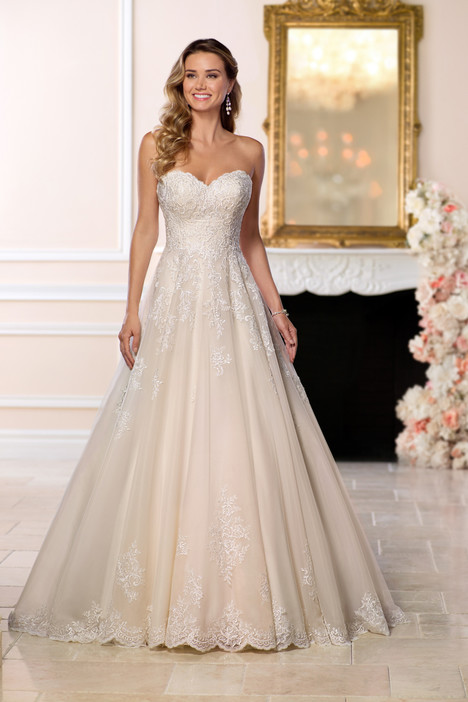 6563 Wedding                                          dress by Stella York