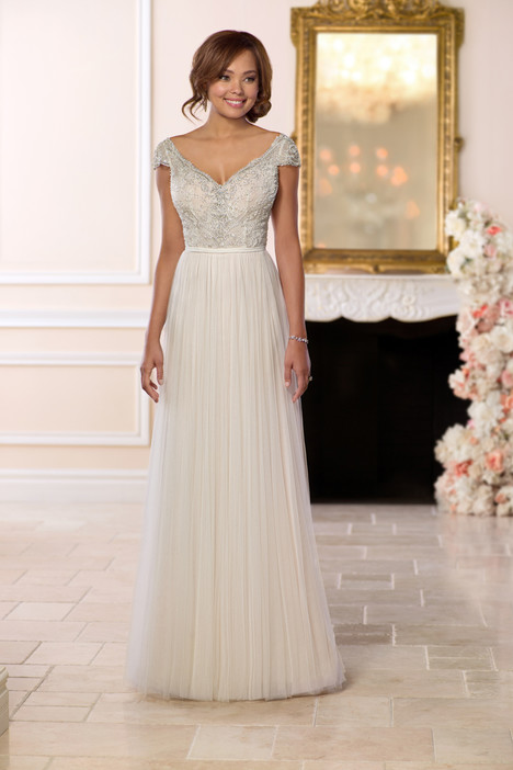 6628 gown from the 2018 Stella York collection, as seen on dressfinder.ca