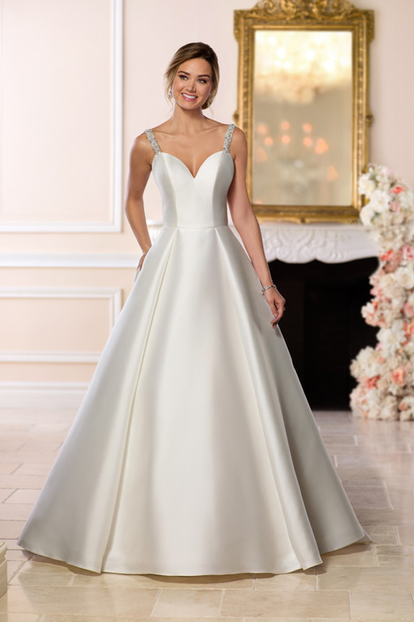 6634 gown from the 2018 Stella York collection, as seen on dressfinder.ca