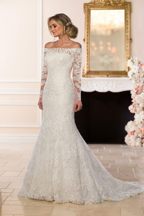 6662 gown from the 2018 Stella York collection, as seen on dressfinder.ca