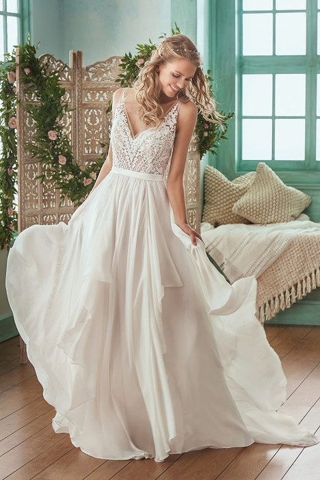 F201007 Wedding dress by Jasmine Collection