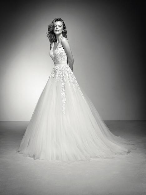 Isena Wedding                                          dress by Atelier Pronovias