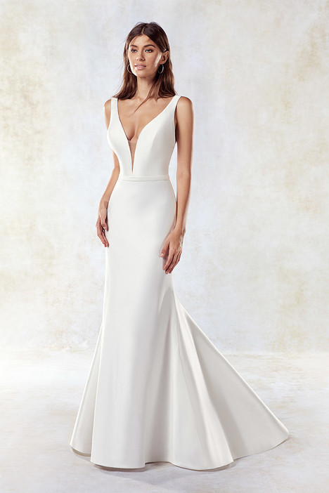 SEK1191 gown from the 2018 Eddy K collection, as seen on dressfinder.ca