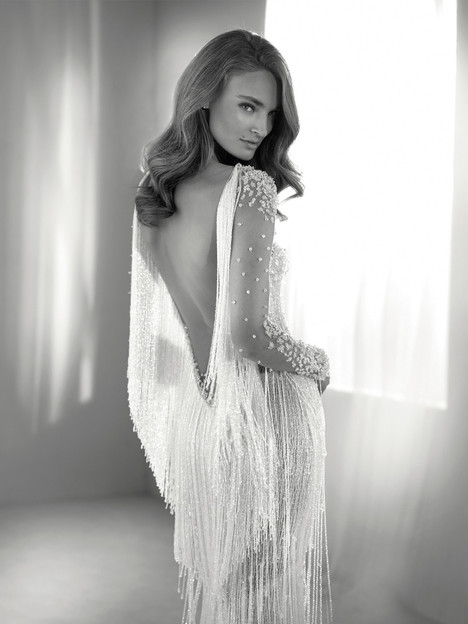 Riva gown from the 2018 Pronovias Atelier collection, as seen on dressfinder.ca