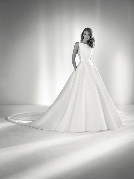 Ronda Wedding                                          dress by Pronovias Atelier
