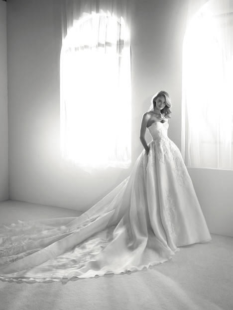 Roxana gown from the 2018 Pronovias Atelier collection, as seen on dressfinder.ca