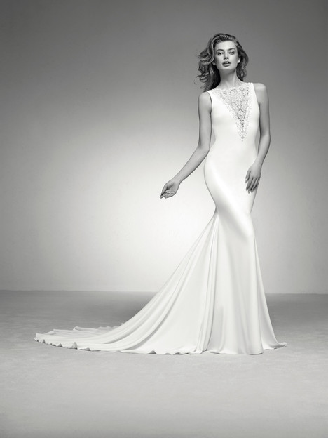 Ifel gown from the 2018 Pronovias Privée collection, as seen on dressfinder.ca