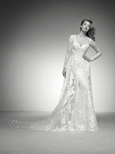 Ilma Wedding                                          dress by Pronovias Privée