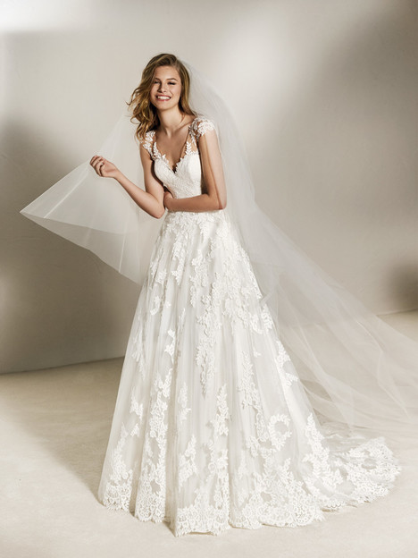 Charlote Wedding                                          dress by Pronovias One