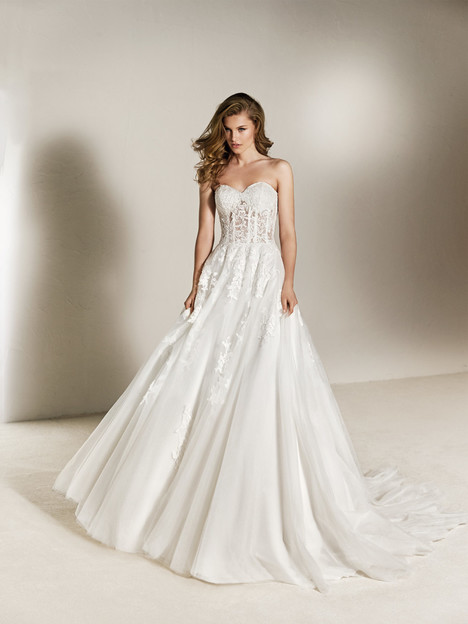 Cheira Wedding                                          dress by Pronovias One