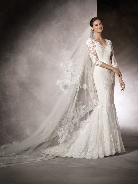 Kay Wedding                                          dress by Pronovias One