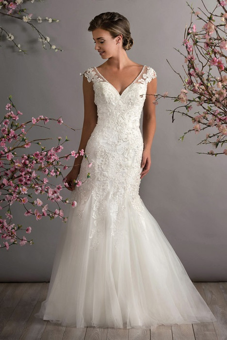 702 Wedding                                          dress by Bridalane