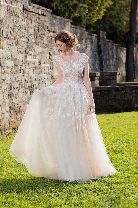 Ellie (472) Wedding                                          dress by Barbara Kavchok