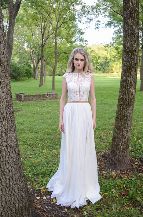 Meredith (487) Wedding                                          dress by Barbara Kavchok