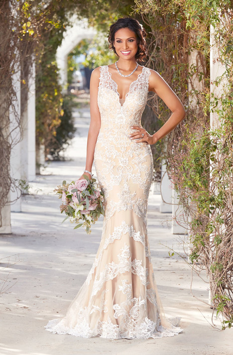 Emilie Wedding                                          dress by Ivoire by Kitty Chen