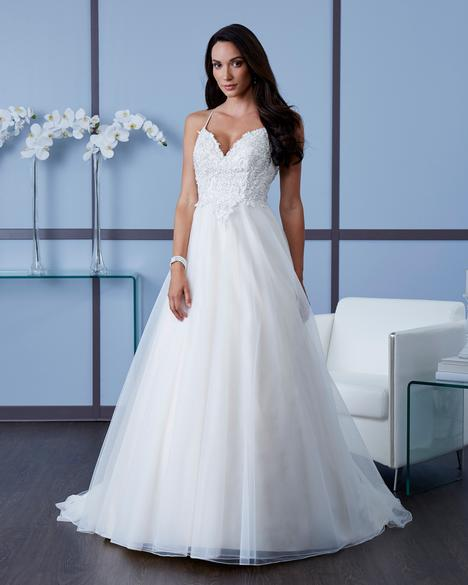 7600 Wedding                                          dress by Romantic Bridals