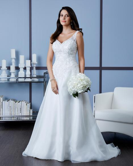 7605 Wedding                                          dress by Romantic Bridals