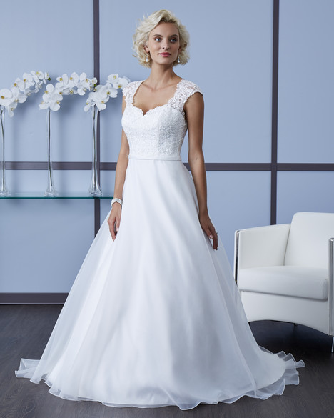 7607 Wedding                                          dress by Romantic Bridals