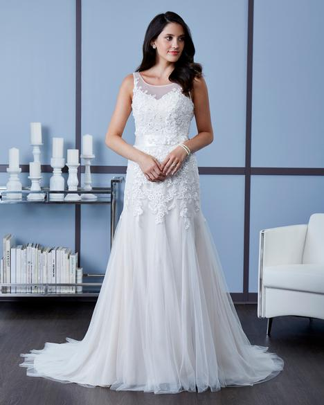 Style 7624 gown from the 2018 Romantic Bridals collection, as seen on dressfinder.ca