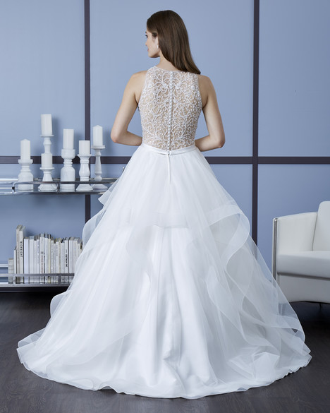4608 (Back) Wedding                                          dress by Romantic Bridals : Hearts Desire