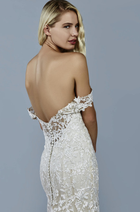 Luna Wedding                                          dress by Kelly Faetanini