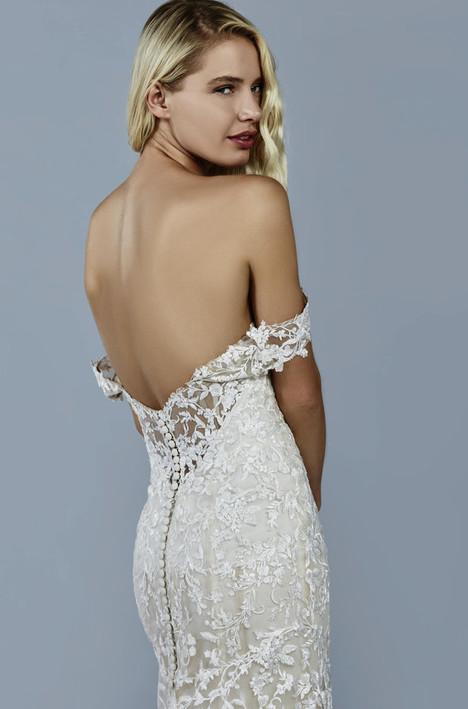 Luna Wedding dress by Kelly Faetanini
