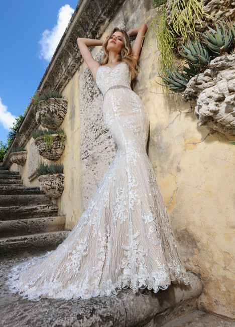 10560 Wedding                                          dress by Ashley & Justin Bride