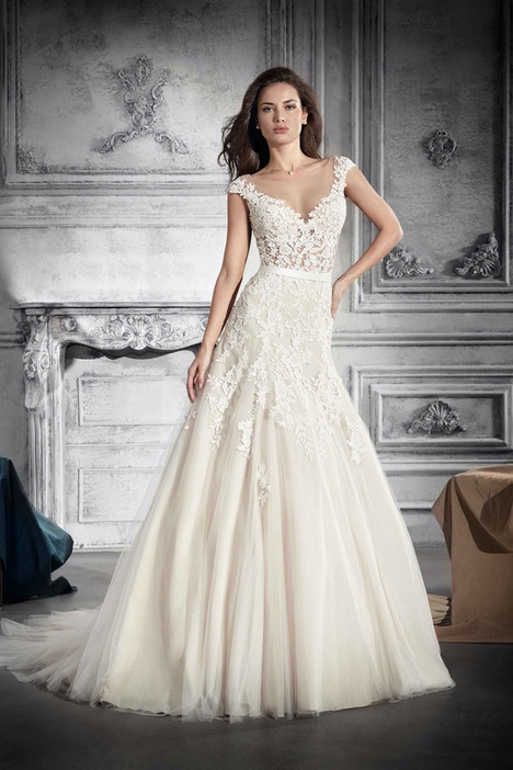 756 Wedding                                          dress by Demetrios Bride