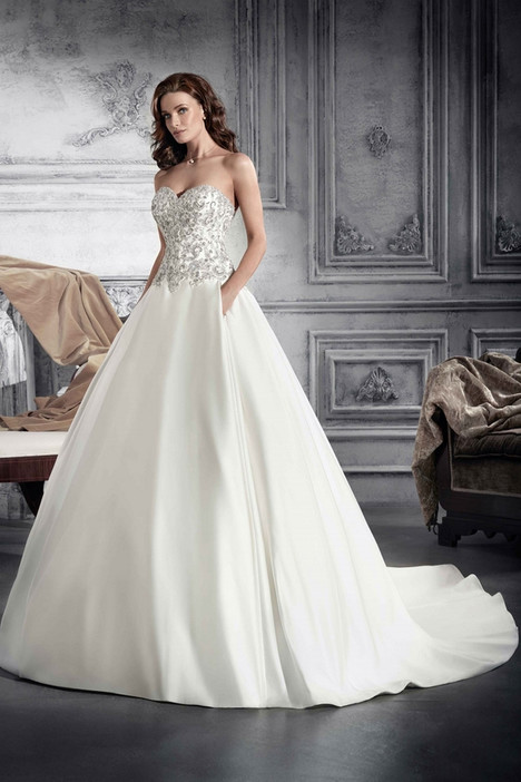758 Wedding                                          dress by Demetrios Bride