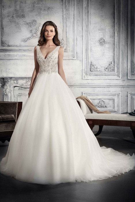 774 Wedding                                          dress by Demetrios Bride