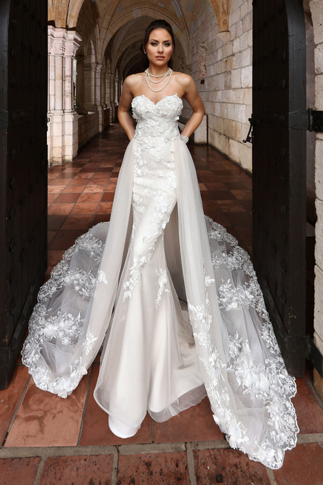 13125 Wedding                                          dress by Cristiano Lucci
