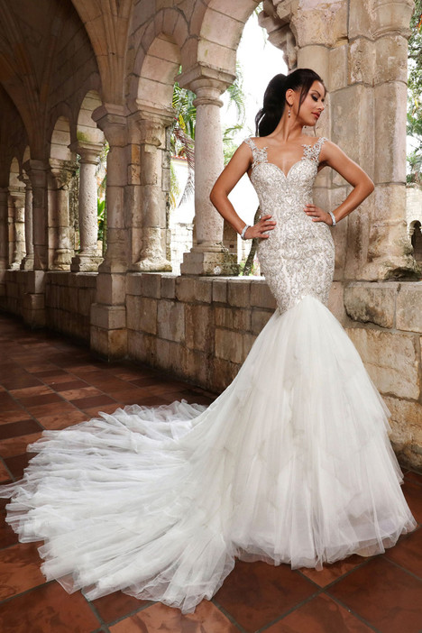 13153 Wedding dress by Cristiano Lucci