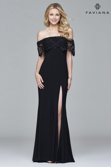 S7937 gown from the 2018 Faviana Prom collection, as seen on dressfinder.ca