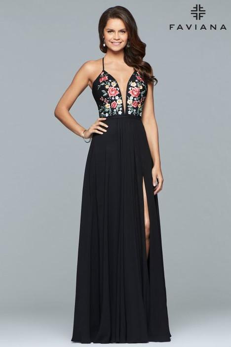 10000 Prom                                             dress by Faviana Prom