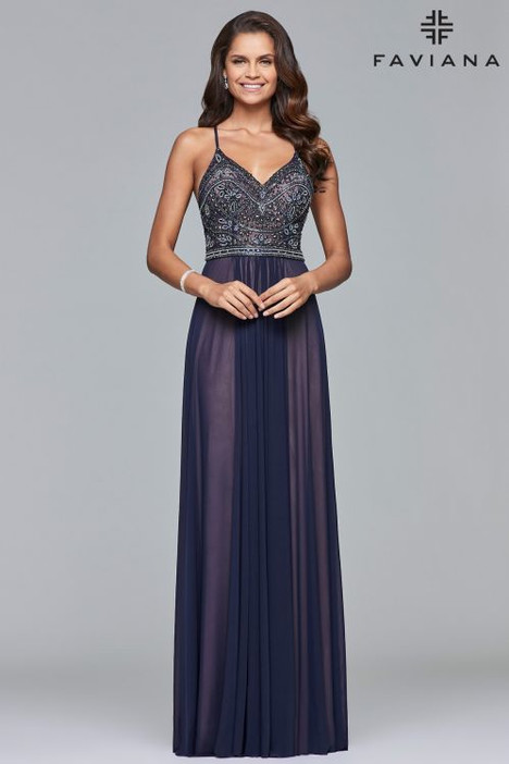 10020 gown from the 2018 Faviana Prom collection, as seen on dressfinder.ca