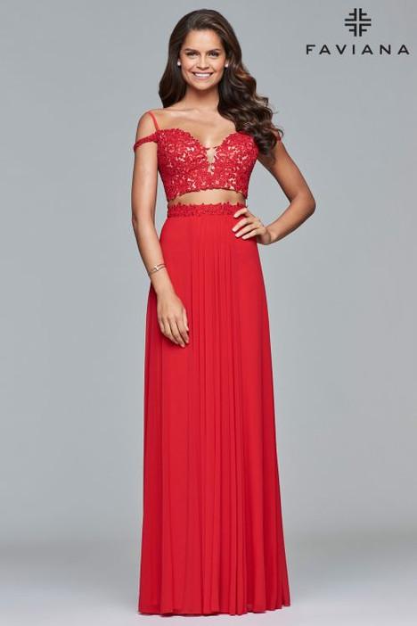 10045 Prom                                             dress by Faviana Prom