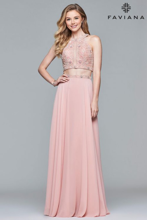 10059 Prom                                             dress by Faviana Prom
