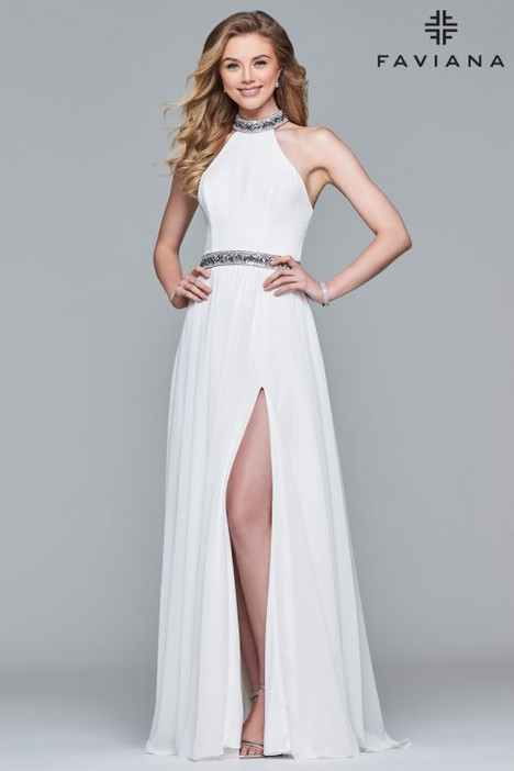 10068 Prom                                             dress by Faviana Prom