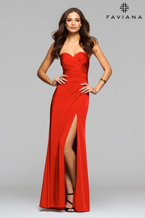 7891E Prom                                             dress by Faviana Prom