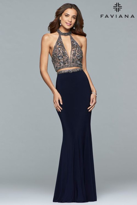 S10003 gown from the 2018 Faviana Prom collection, as seen on dressfinder.ca