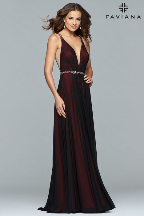 S10040 Prom                                             dress by Faviana Prom