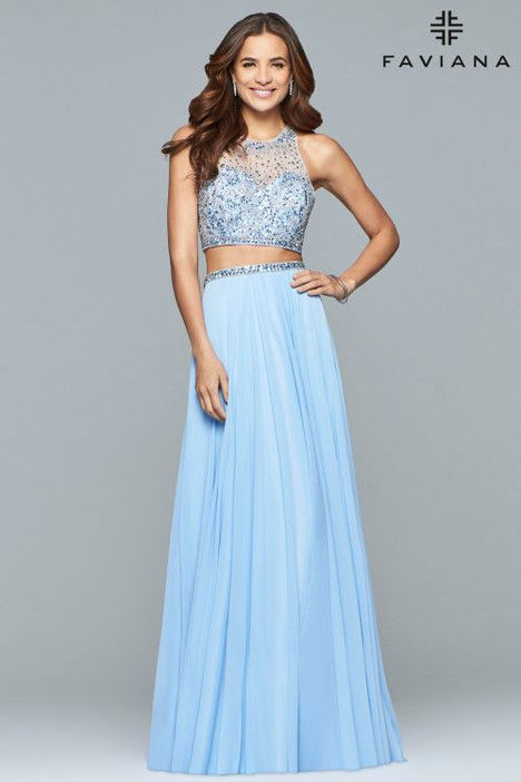 S10061 gown from the 2018 Faviana Prom collection, as seen on dressfinder.ca