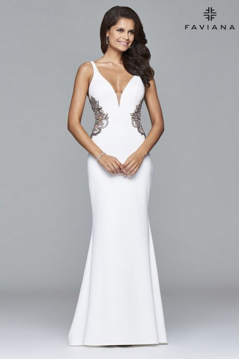 S7916 Prom                                             dress by Faviana Prom